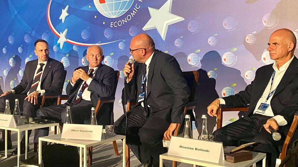 Forum Ekonomiczne: Gryszczuk vs. Kowalski